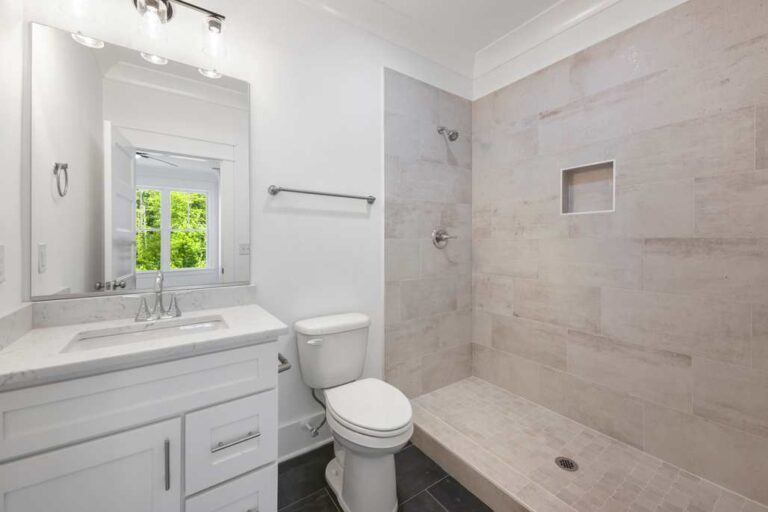 5834 Zinfandel St upstairs bath